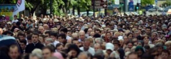 """Coaliţia pentru Familie SALUTĂ protocolul dintre Ministerul Educaţiei şi Patriarhie: """"Protestele ASUR reprezintă o minoritate"""""""
