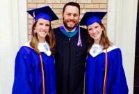Gemenele siameze care au fost în pericol de a fi avortate sunt acum absolvente, șefe de promoție, cu mari vise pentru viitor