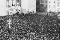 Procesiune cu torţe ale timişorenilor spre Bucureşti, la 25 de ani de la Revoluţie