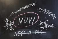 """""""Acum"""" nu înseamnă """"mai târziu"""""""